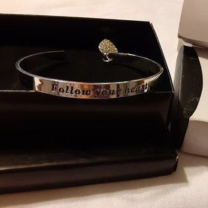 Avon My Truth Charm Bracelet